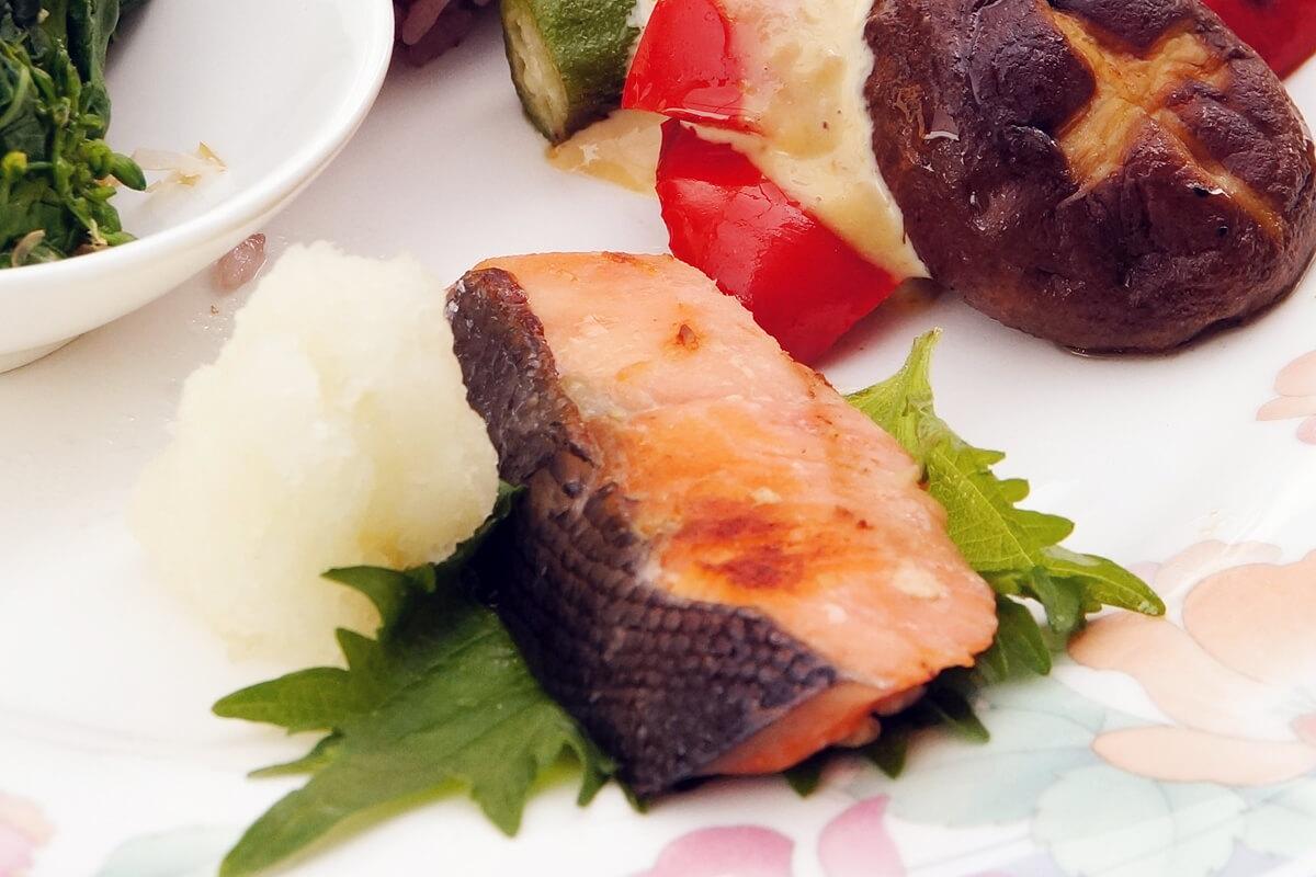 酵素デトックスダイエットレシピ 鮭の塩麹漬け焼き